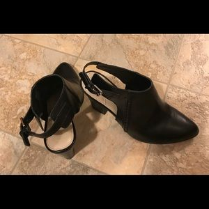 Dana Buchman booties - shoes